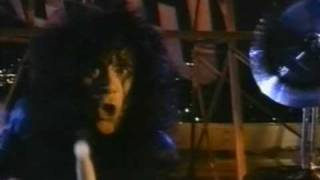 Клип KISS - Hide Your Heart