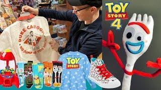 Toy Story 4 Toys & Apparel - Disney Store Walkthrough of Forky / Bo Peep Plush, Claw Machine & More