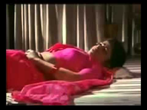Hot Mallu Bhabi Reshma seducing Hot Mallu Chechi Mulakal thumbnail