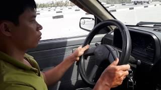 Tập đánh vô lăng cho người mới học lái xe, quan trong không thể thiếu