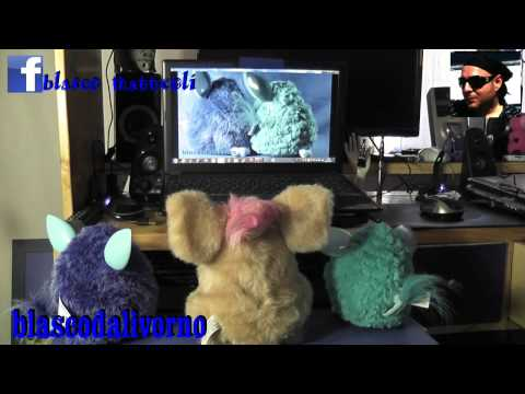 I Furby Guardano Film Porno !!!! video