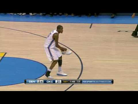 Kevin Durant Lost his shoe but can block Arron Afflalo vs Denver Nuggets