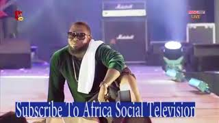 Timaya And Phyno Live Performance At The PhynoFest 2017 !!!