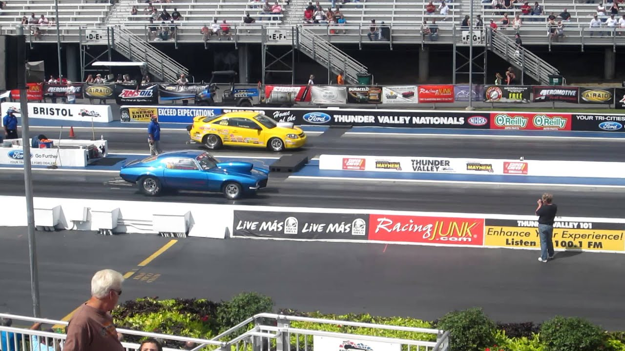 Drag Racing At Bristol Motor Speedway Super Chevy Show