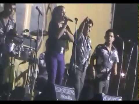 Marisol - NO ME VUELVO A ENAMORAR - en Divertilandia ICA 12/04/2015