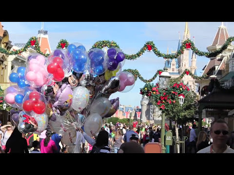 Walking Around The Magic Kingdom Park POV - Walt Disney World, Florida