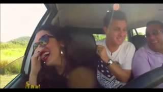 Luciano Huck faz pergunta idiota para o pai de Anitta no Caldeirão