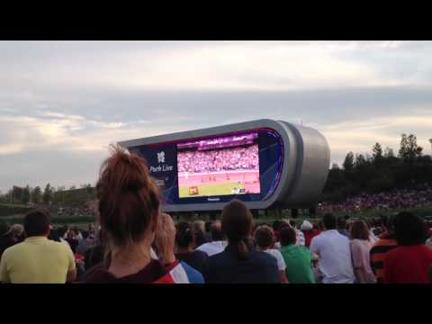 Mo Farah winning Olympic 5000m, seen from Park Live