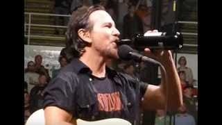 download musica PEARL JAM release new song Cant Deny Me to fun club teaser posted