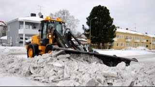JCB 416S Isriver med UFO plogvinge / Ice ripping with UFO snowplough