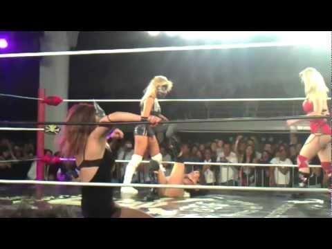 Rock y Lucha Ludark Shaitan y Lolita vs Sexy Lady y Sexy Star