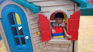 Bé Tin Đi Chơi Nhà Banh, Cầu Trượt - Kids Toy Media