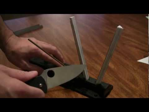 How I Sharpen My Knives Part 1: Spyderco Sharpmaker