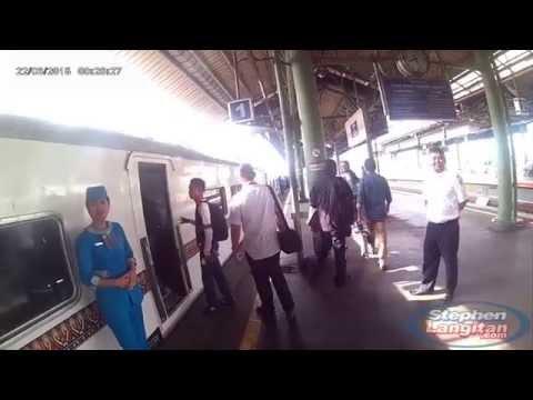 Foto wisata bandung naik kereta api