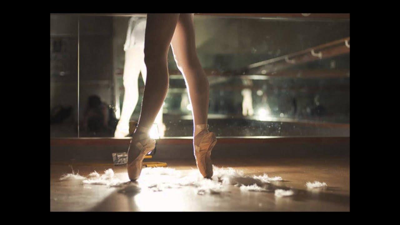 У танцовщиц между ног 1 фотография