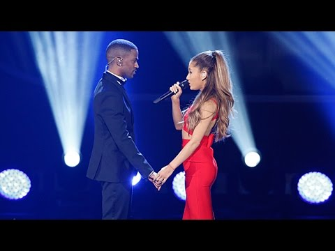 Ariana Grande's Sexy Duet & 'Santa Tell Me' - A Very Grammy Christmas Performances