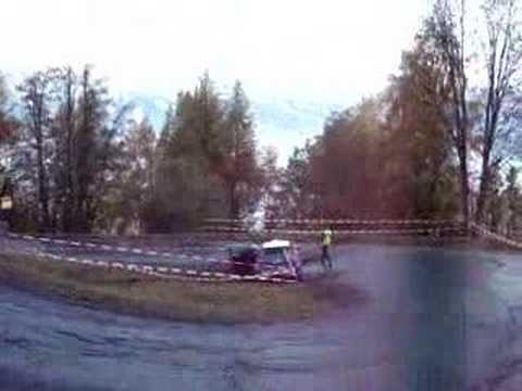 Une sortie de route en Rallye assez marrante
