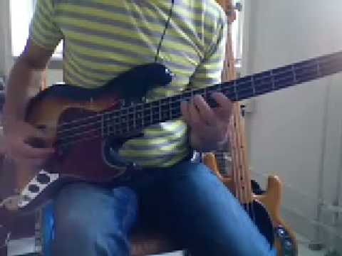 L112 muted reggae bass groove
