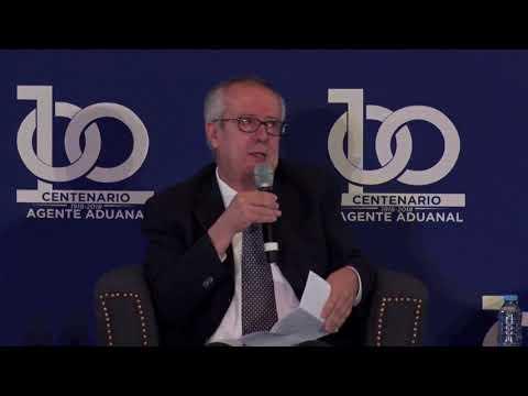 Participación de Carlos Manuel Urzua en el Centenario del Agente Aduanal