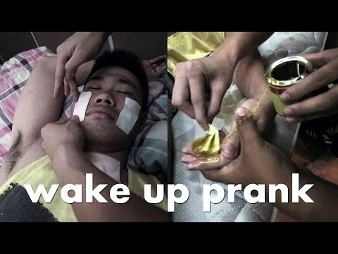 HAND GLUED & BURNING FACE WAKE UP PRANK!