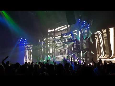 Ákos: 101-es szoba (részlet) - Idősziget lemezbemutató koncert,dupla aréna 2019