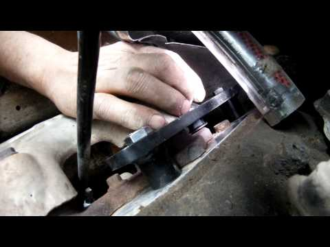 Simple Fix for GM Broken Exhaust Manifold Bolts. Kral Auto Parts LLC - KAP108