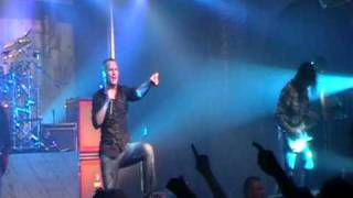 Watch Stone Sour Lets Be Honest video