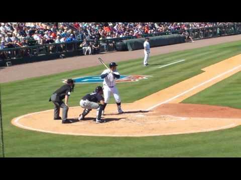 Miguel Cabrera 3-run HR vs. Yankees 3-4-16