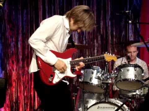 Eric Johnson Cliffs of Dover Live @ NAMM 2009