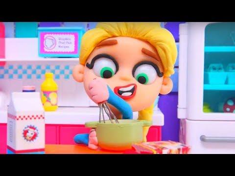 FROZEN ELSA IS COOKING ❤ Superhero Hulk Play Doh Cartoons For Kids ❤ Stop Motion