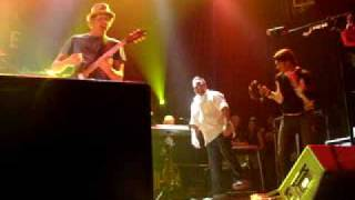 Watch Hootie & The Blowfish Use Me video