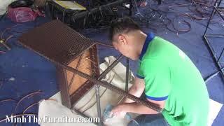 Hướng dẫn cách đan ghế quầy bar nhựa giả mây tại xưởng đan mẫu Minh Thy Furniture