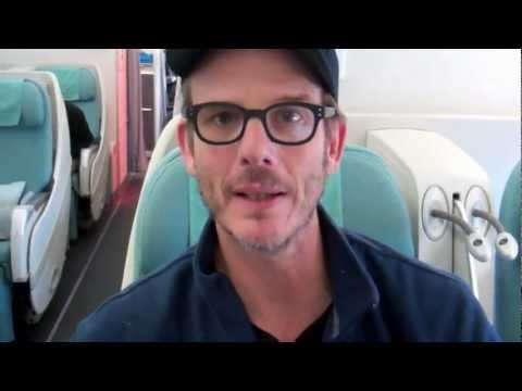 battleship-world-tour-with-peter-berg-hello-kitty.html