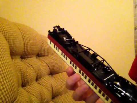 Bachmann Thomas Red Express Coaches Review