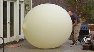 40 Feet Weather Balloon Overfilled + Slow motion