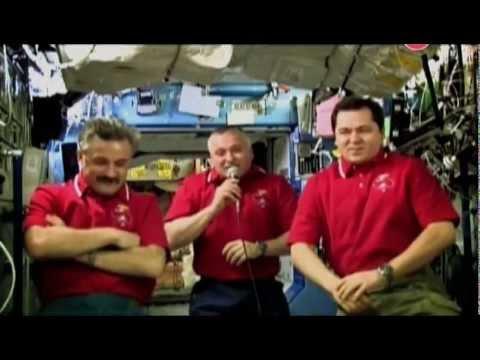 Что и как едят космонавты :)