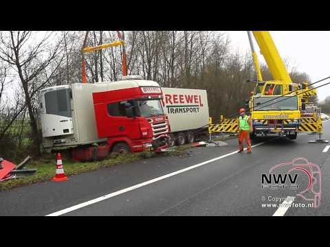 Vrachtwagen ongeval A28 Re 83.5 Hattemerbroek