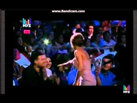 Номинация - Лучшая исполнительница - Ани Лорак  (Премия МУЗ-ТВ 05.06.15)