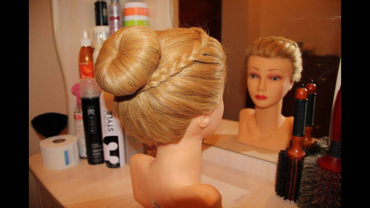 Свадебная причёска с бубликом для волос способы7