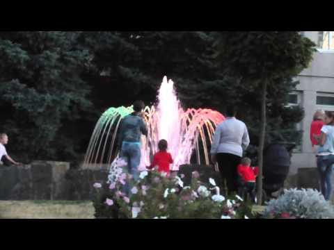 Новый фонтан в Крыловской