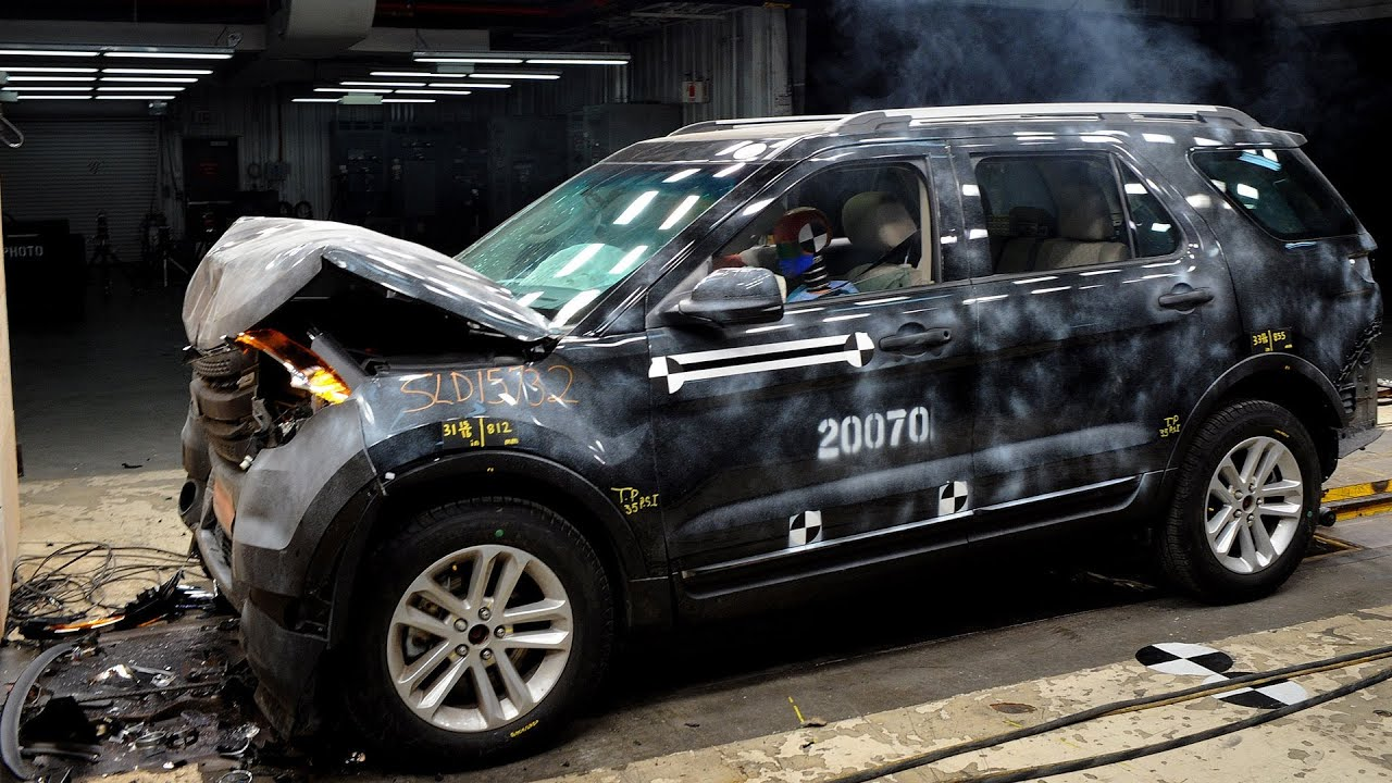 Ford Assessment Test >> CRASH TEST 2014 Ford Explorer - YouTube