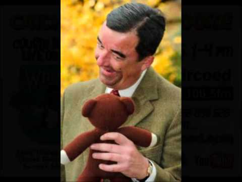 Mr Bean as played by Steve Asbean gives his Cousin Marco a crimbo message.