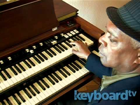 Keyboard: Booker T. Jones -