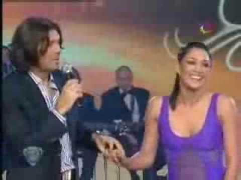 Eunice y Carlos bailando Aerodance