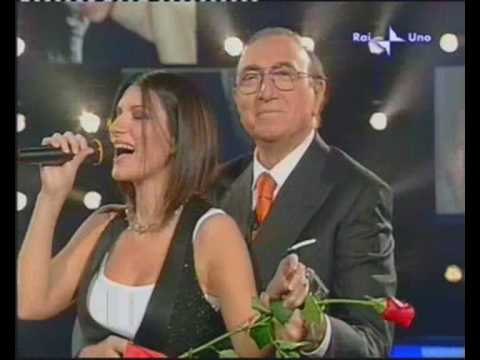 Laura Pausini canta Romagna mia