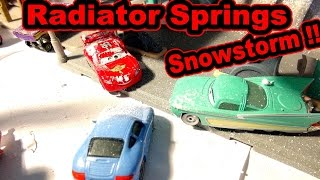 Pixar Cars Radiator Springs Snow Storm with Lightning McQueen Mater Sheriff and Cars