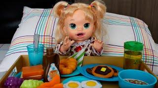 Rotina da manhã da Baby Alive Sophia com muitas comidinhas e diversão!! baby doll alive