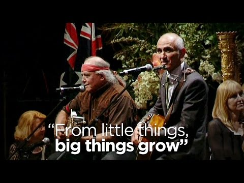 From little things, big things grow: Paul Kelly, Kev Carmody remember Gough in song