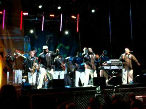 Al McKay All-Stars Tribute band Earth Wind and Fire concert part 1 19 minutes