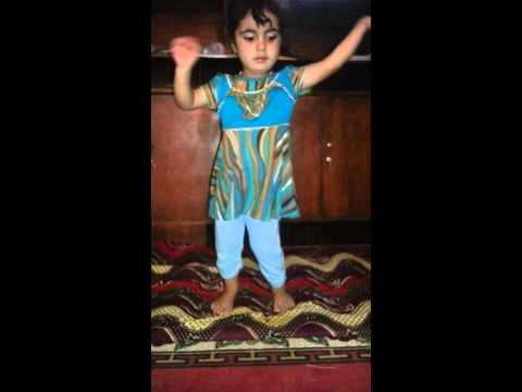 احلى رقص طفله (مروه) thumbnail